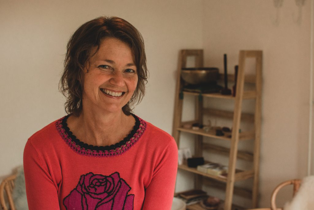 Simone Seldenthuis-praktijk-ontspanning-massage-healing-de rode maan